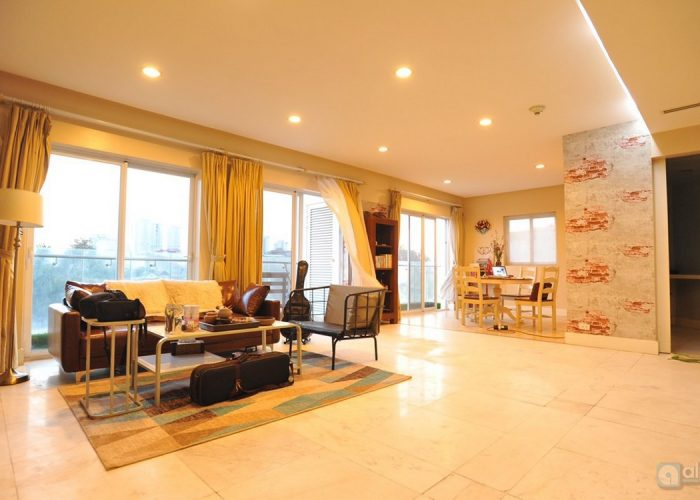 128sqm for 2bedroom apartment for rent in Golden Westlake