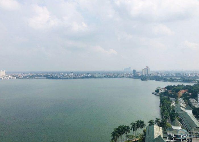 Cho thuê căn hộ 3 phòng ngủ, 3WC tại Sun Grand city, view toàn bộ Hồ Tây