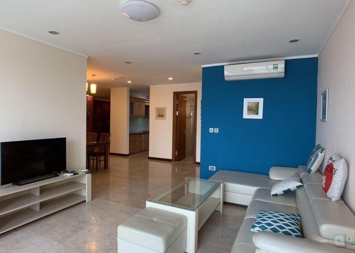 Color diversity apartment for rent at high floor L1- ciputra Hanoi