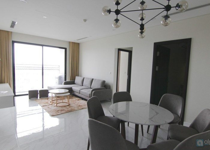 Stunning, Lake view 03 bedroom apartment for rent at D'eldorado project